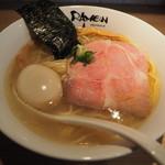 RAMEN にじゅうぶんのいち - 塩そば(味玉入り)880円