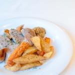 Gluten Free Dining Tsukuru - 手作りソーセージの盛り合わせ