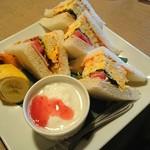 ベル珈琲店 - 厚焼き玉子サンド♪