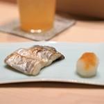 鮨 由う - 小柴の太刀魚の塩焼き