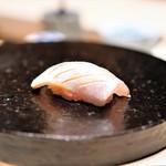 鮨 由う - 淡路島の春子鯛