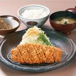 ロースかつ定食(上/150g)