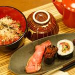 佰食屋肉寿司専科 - おすすめ定食1100円+税