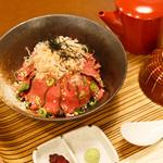 佰食屋肉寿司専科 - 国産牛肉茶漬け定食1100円+税