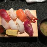 回転寿司 魚浜 - ランチ握り800円
