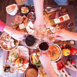 【飲み放題付き宴会コース】始めました♩居酒屋とは違うバル宴会