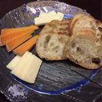 花ふく - 追加のチーズ盛り合わせ