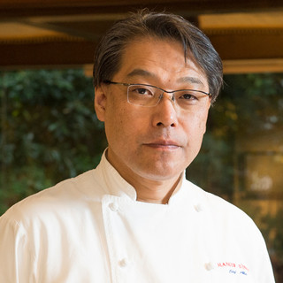 阿部彰氏(アベアキラ)―伝統の味を脈々と受け継ぐ料理人