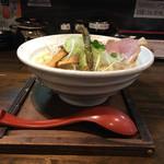 麺69 チキンヒーロー - 鶏極濃