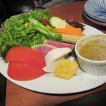 64661647 - 「季節野菜のバーニャカウダー」(¥680)
