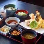 お多福 - 天ぷら定食