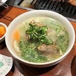 64667866 - テールスープは食べごたえあり!