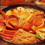 マッコリの物語 - 料理写真:お鍋も種類豊富です♪