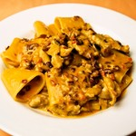 イタリア食堂 MARIA - パッケリ 鳥せせりとパンチェッタのトマトクリームソース