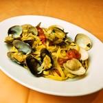 イタリア食堂 MARIA - バヴェッティーニ あさりとハマグリのナポレターナ