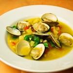 イタリア食堂 MARIA - ハマグリの入った春野菜のミネストローネスープ
