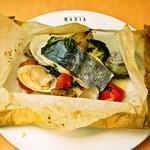 イタリア食堂 MARIA - サワラのカルトッチョ
