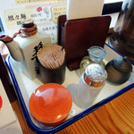 客野製麺所 - 2017年2月5日(日) テーブル席卓上アイテム