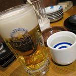 焼肉屋かねちゃん - 生お代わりとみやさか純米吟醸_680円