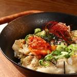 輪 - 豚キムチ丼
