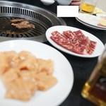 焼肉鉄人 - 料理写真:焼くべし焼くべし‼︎