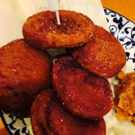 沖縄酒場 海風 - 紫芋餅! 見た目地味だけどチョー美味しい⭐︎