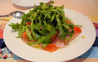 タボラ カルダ ミヤケ - カジキマグロのカルパッチョ。