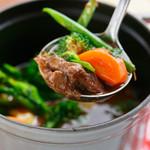ビストロ・リヤン - 和牛ほほ肉の赤ワイン煮、フォカッチャ添え