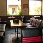 仁 - 一階、喫茶店内