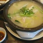 風蓮 - 料理写真:土鍋入り鶏煮込みそばと半チャーハンのセット