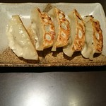 越後秘蔵麺 無尽蔵  - 特製餃子