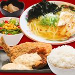 大判アジフライ定食 ラーメンセット