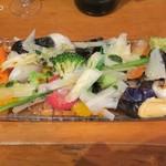 Bistro-SHIN 2 - たっぷりいろんな野菜のゆであげ850円+税