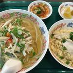 タイ国惣菜屋台料理 ゲウチャイ - 料理写真:
