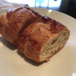 VERANDA - 焼きたてパン お代わりOK