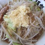麺家 大須賀  - 料理写真:ともラーメン ニンニク多め