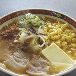 仏跳麺 - みそバターコーン仏跳麺