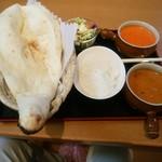 カナカヌボ - 料理写真:2カレーセット(1200円)