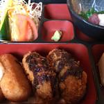 ごはん家 はせ川 - 料理写真:コロッケ2品盛アップ