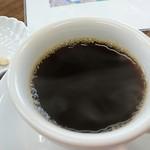 コーヒーロースト - 焙煎待ちのサービスコーヒーとナッツ