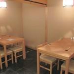 やまちょう - 1Fテーブル席(4席×2)