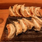 肉汁餃子製作所ダンダダン酒場 - 餃子は美味しかったです 2017年3月
