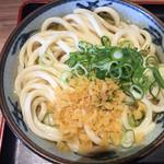 さぬき麺市場 高松中央インター林店 - かけうどん 中(2玉) 300円