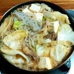 ミートプラザ尾形 - ミートプラザ尾形@五戸町(青森県) 桜鍋が煮えたところ