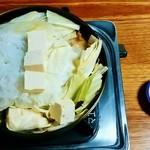 ミートプラザ尾形 - ミートプラザ尾形@五戸町(青森県) おいらせランチの桜鍋と三升漬け