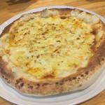 村のピザ屋 カンパーニャ - ボロネーゼ
