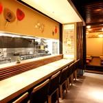 藁焼きと四国料理88屋 - カウンター席