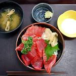 水産食堂 - まぐろ丼(ライス大盛り)