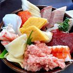 水産食堂 - 海鮮丼(ライス大盛り)