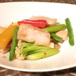 SILIN 火龍園 - ホタテ貝と彩り野菜のあっさり炒め
